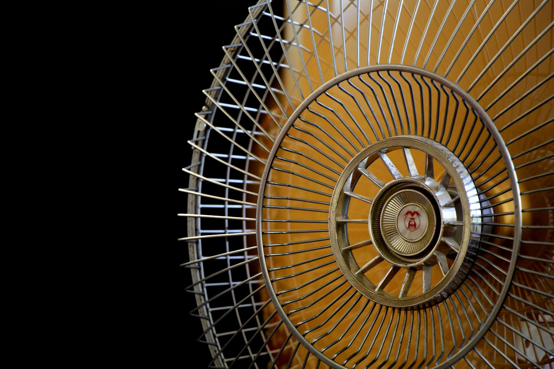 Can Sleeping with a Fan Cause Tinnitus?
