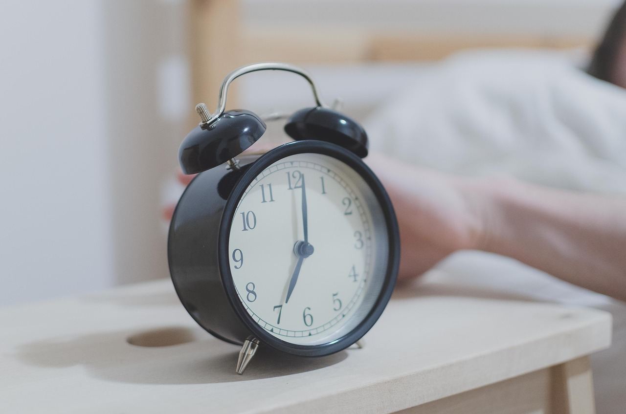 How to Break the Cycle of Waking Up in the Middle of the Night